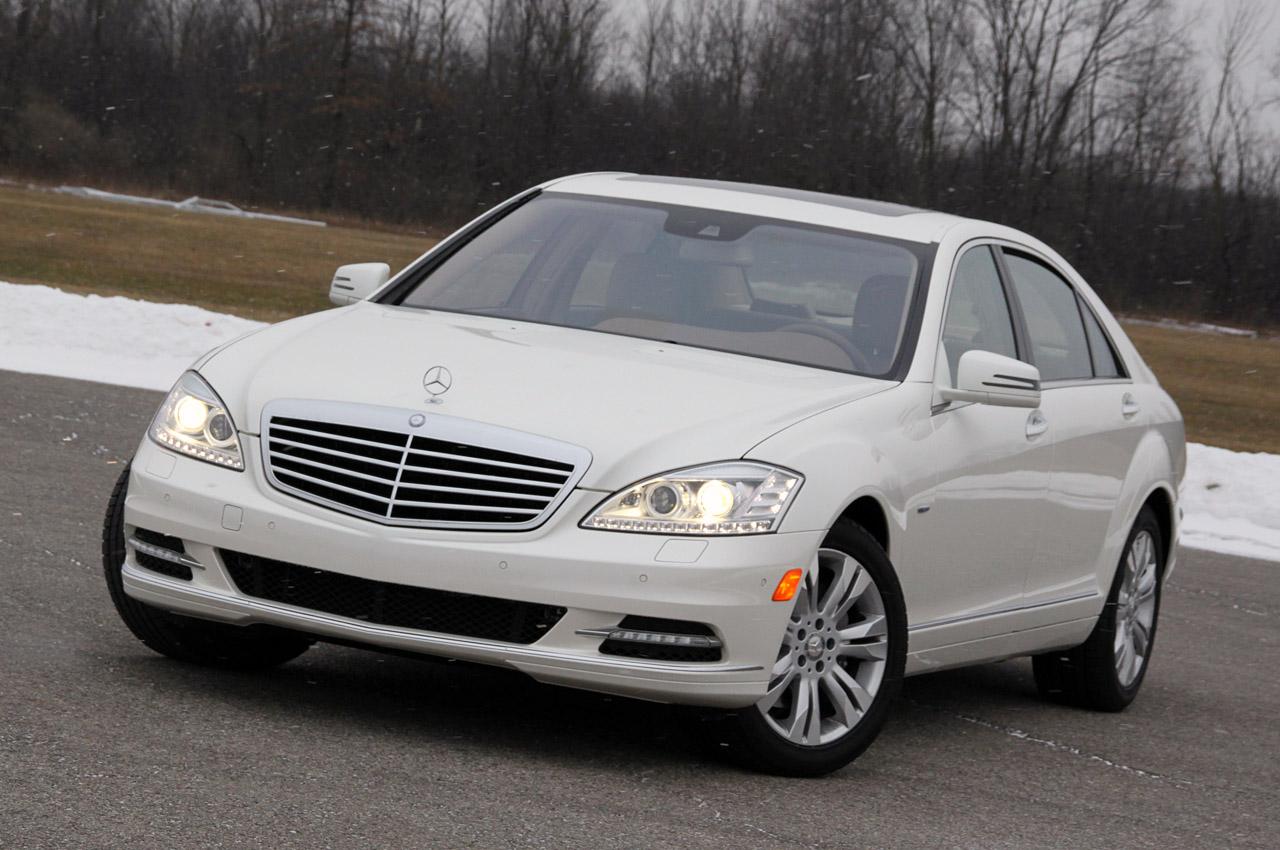 Cars dat com 2011 mercedes benz s class for 2011 s550 mercedes benz