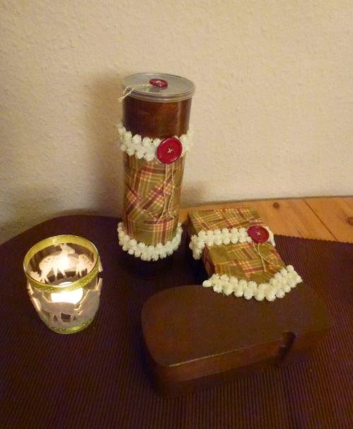 Nikolausstiefel und Keksdose