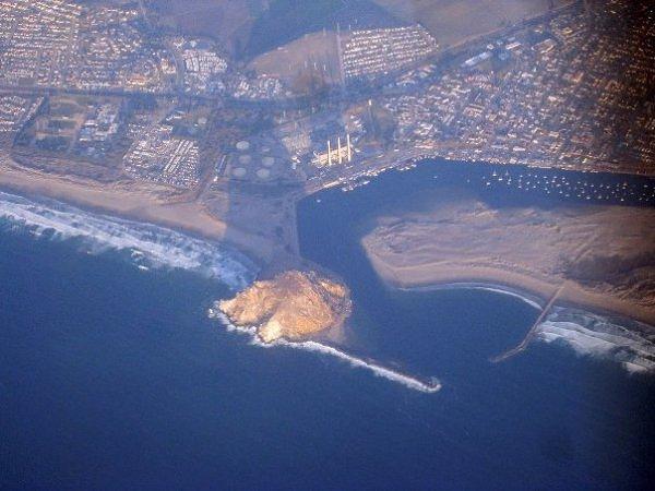 10 gunung berapi dalam laut