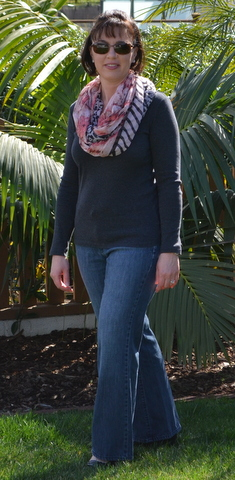 Old Navy jeans, gray shirt, infinity scarf