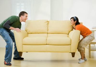 memindahkan-furniture yang menghalangi cahaya