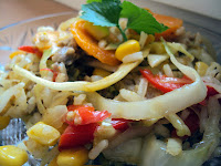 Ryż z kapustą, kukurydzą i mięsem mielonym