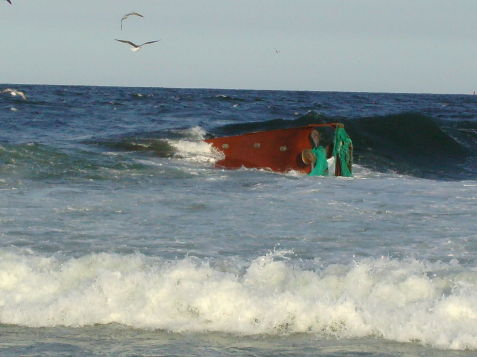Point pleasant beach rescue dive team fishing boat wreck for Manasquan inlet fishing