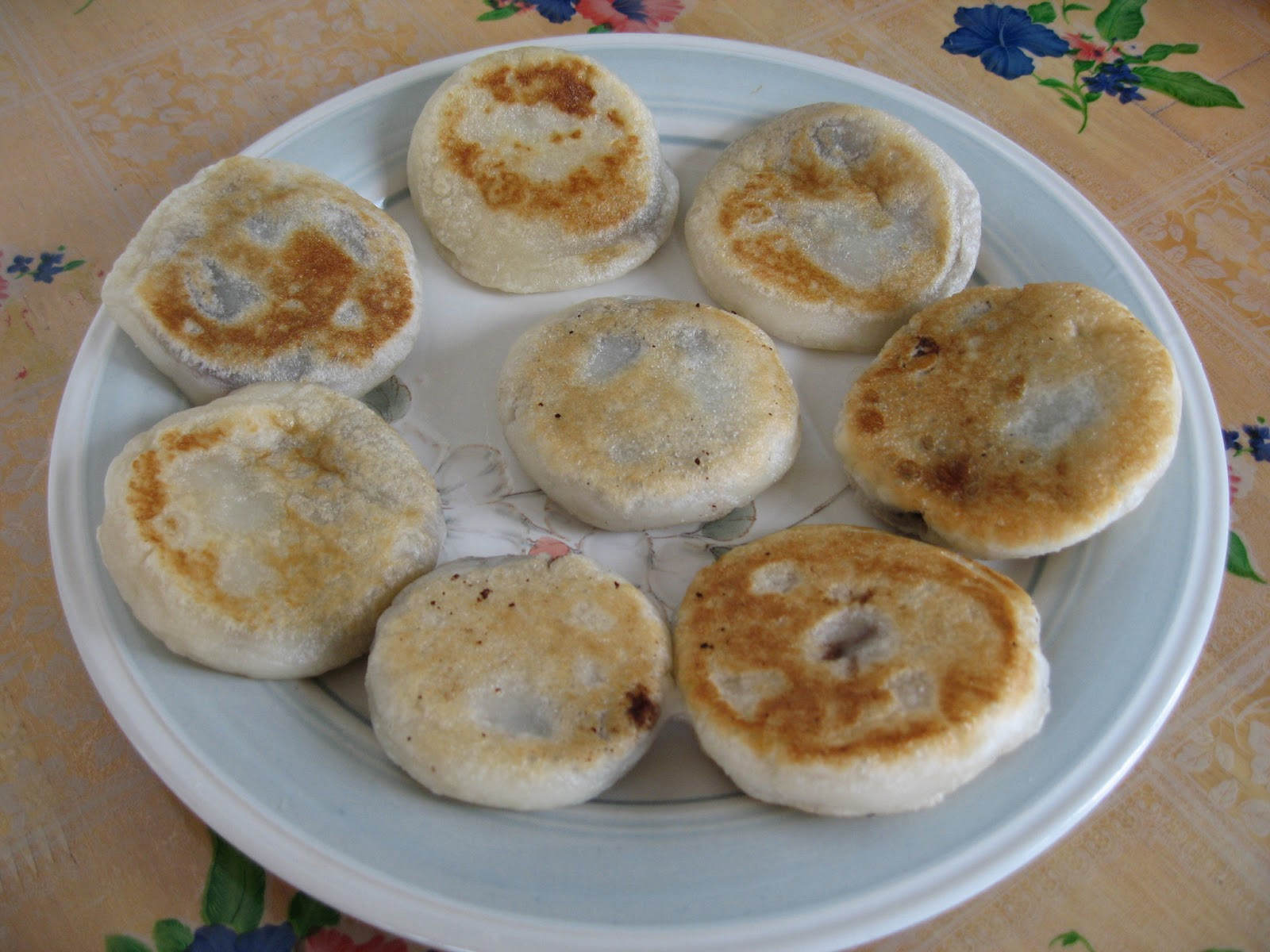 Sumptuous flavours pan fried glutinous rice cake repeat the steps to complete making 8 pancakes 11 add some oil to a frying pan and pan fry the rice cakes on both sides until done ccuart Images