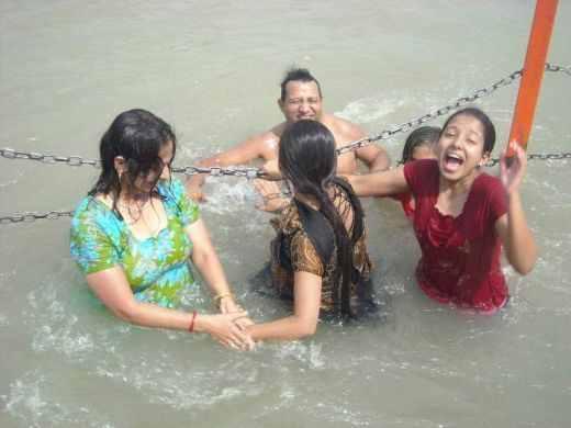 Indian Aunty Nude Bath