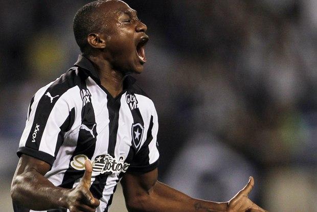 Barcelona faz proposta bilionária por Sassá; Botafogo recusa
