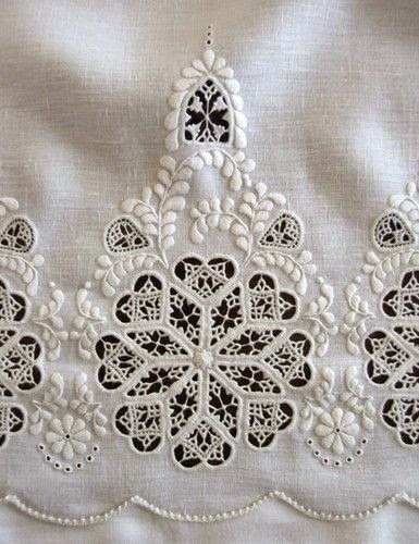 hedebo lace emroidery
