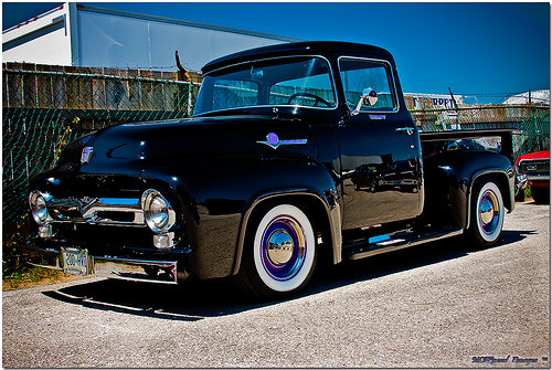 CLASSIC/MUSCLE CARS: 1956 Ford F100