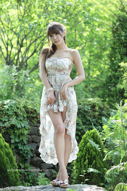 Heo-Yun-Mi-Strapless-Dress-29-very cute asian girl-girlcute4u.blogspot.com