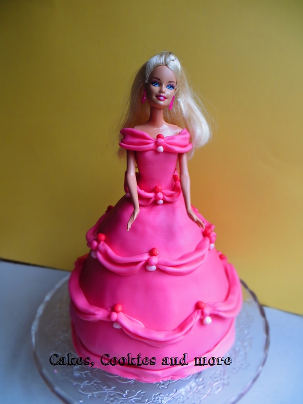 Barbietorte in rosa