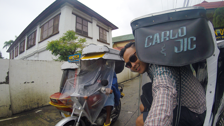 travel Vigan Ilocos Tour Sur Philippines tour tourism Calle Crisologo