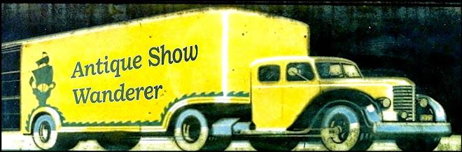 Antique Show Wanderer