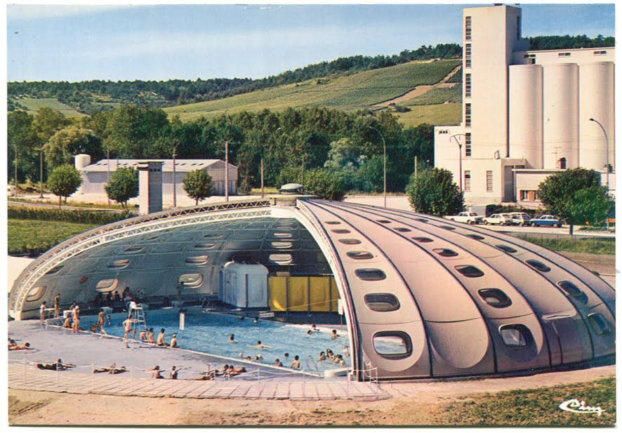Architectures de cartes postales 1 un bouquet de tournesol for Piscine tournesol