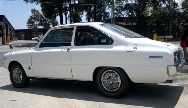 Mazda 1300 Coupe Tahun 1972 Klasik | Gambar Mobil Klasik ...