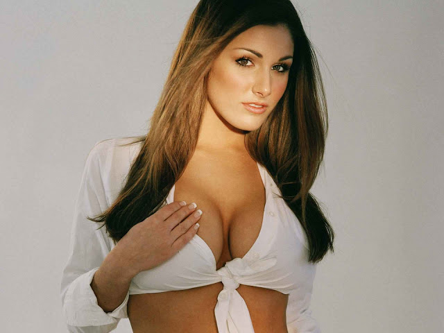 lucy pinder hot and spicy photosporn star actress