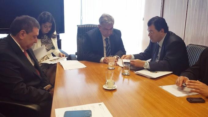Ministro diz a Braga que irá ao Amazonas inaugurar agência do INSS