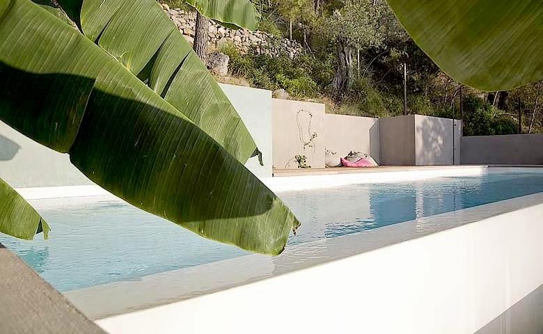 casa con piscina en Mallorca con vistas al Puerto de Sóller