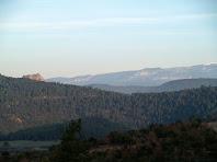 Primeres vistes del Castell de Cardona des de l'Obaga de Malagarriga