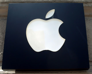 Logo o marca de Apple.