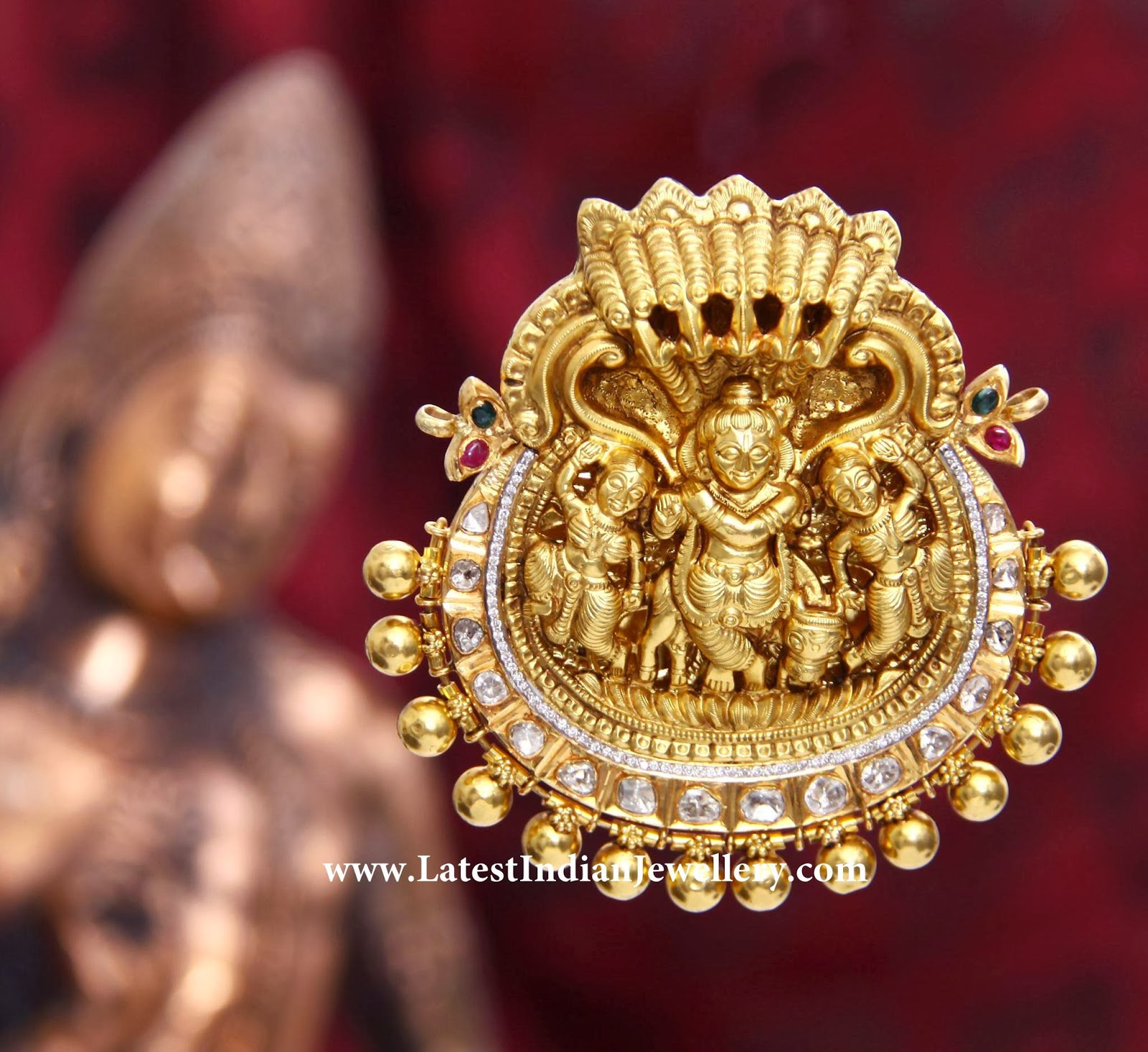 Traditional Nakshi Gold Pendant