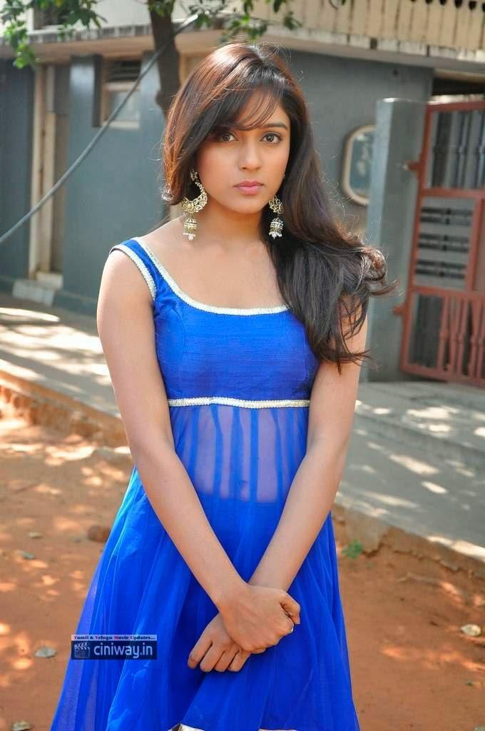 Vithika-Sheru-Stills-At-Paddanandi-Premalo-Mari-Movie-First-Look-Launch