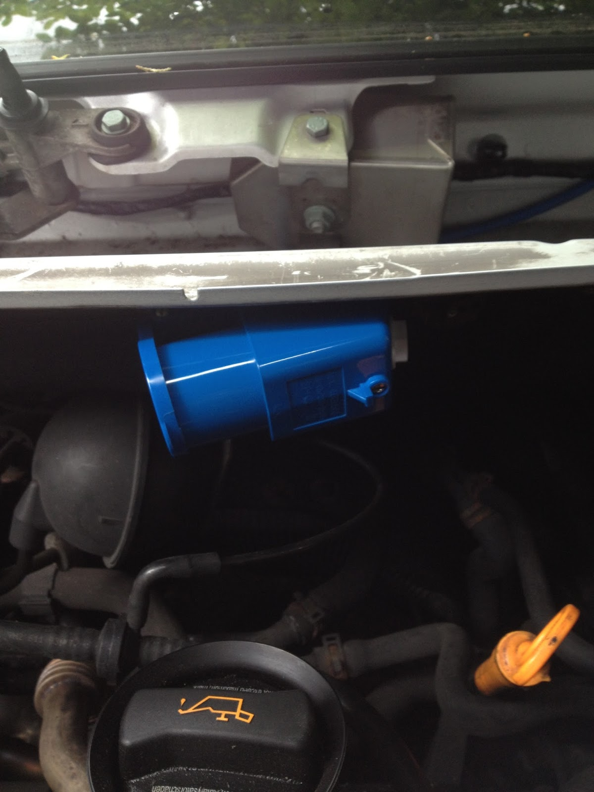 12v Split Charge And Mains Installation Vw T5 Van Conversion How To Put In A 240v Outlet