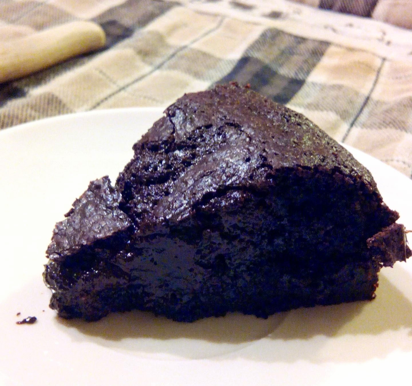 Fudgy Flourless Brownies slice paleo