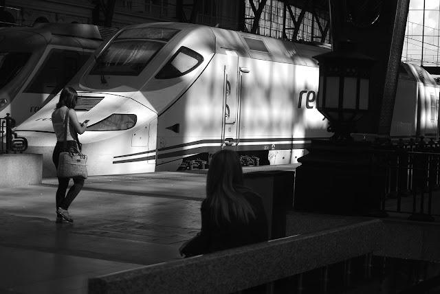 Esperando el Tren, Barcelona