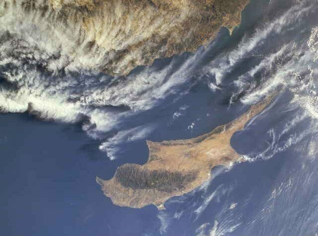 Τα περισσότερα Ρωσικά κεφάλαια έχουν φύγει από την Κύπρο. Κινδυνεύουν μόνο οι χρηματοοικονομικές ροές.