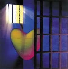 Puisi Sedih - Cinta Terpenjara
