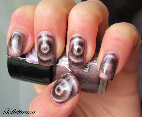 nail art smalto magnetico