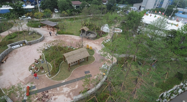 Tolet Theme Park