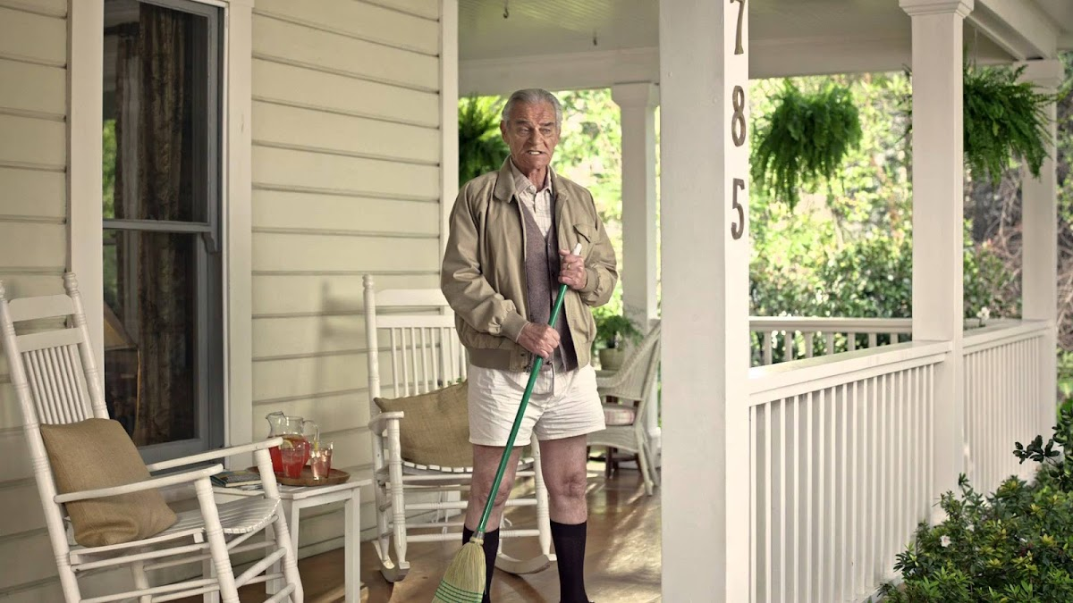 "FirstBank, Ode to Millennials ""No Pants"" Regional Super Bowl 50 Commercial"