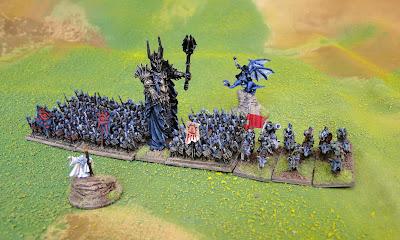 Sauron dans bofa Warmaster_Sauron_F03