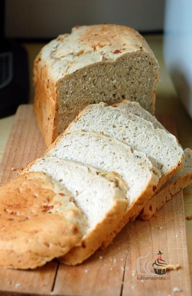 Pieprzny chleb migdałowy - gotowy w 1,5h