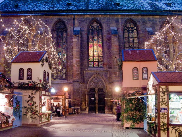 Christmas market in Colmar, Alsace, France. Photo: WikiMedia.org.