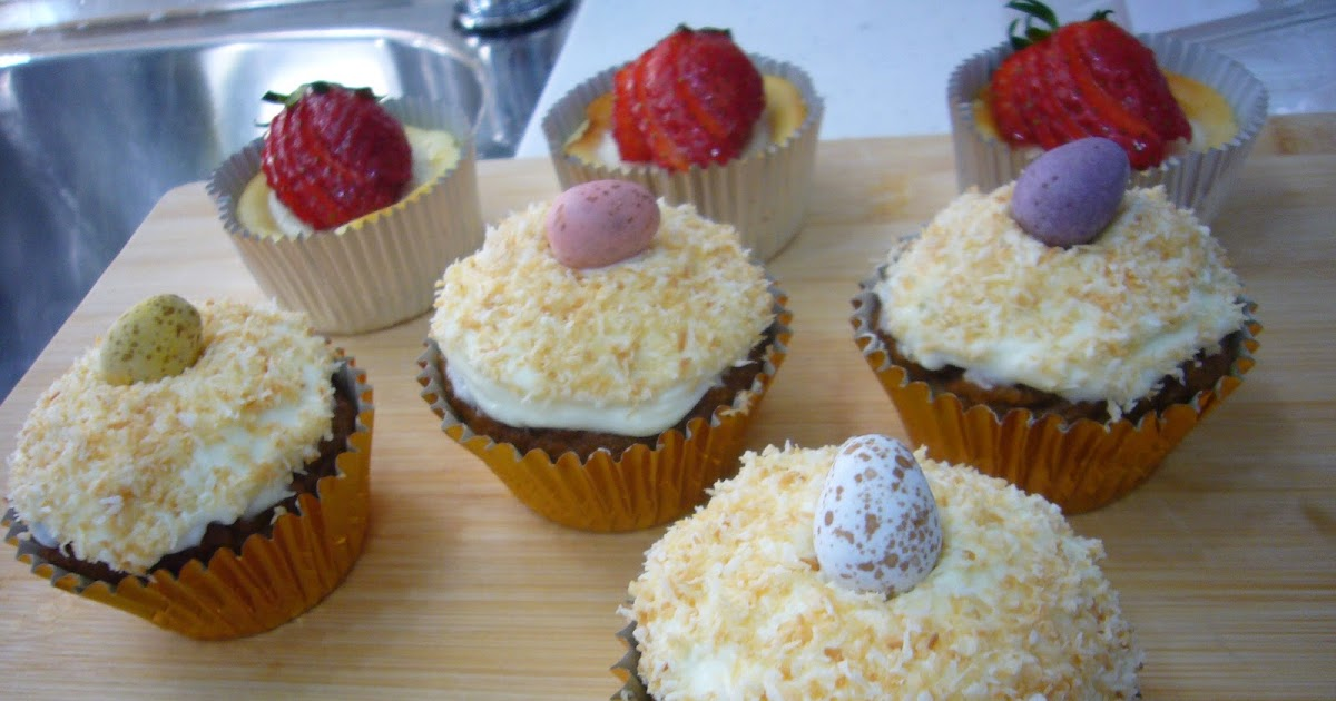 Food & Travel with Maria: Carrot cupcakes with lemon cream ...