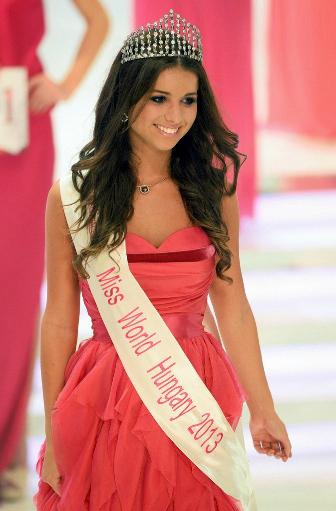 Miss Hungary A Szepsegkirelyno 2013 winners Annamaria Rakosi