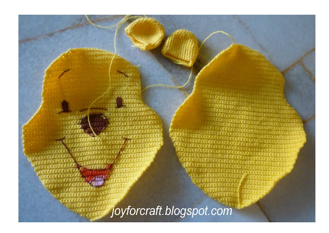 crochet cute mini disney Winnie the pooh pillow pattern new