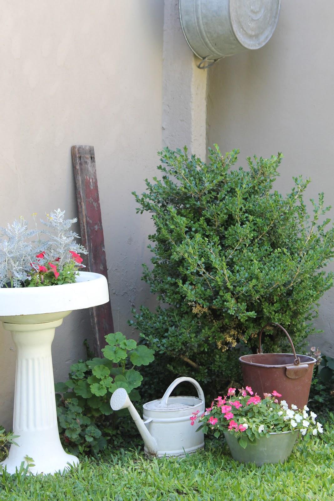 Reciclado de jard n deco marce for El jardin acordes