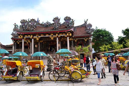 Kết quả hình ảnh cho snake temple Penang