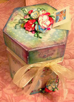 http://artyfartyannie.blogspot.co.uk/2013/12/little-boxes.html
