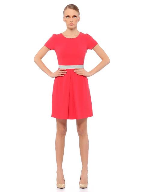 pembe kısa elbise