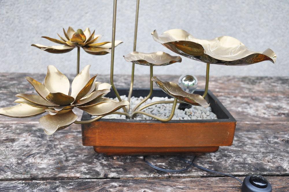Lampe fleur de lotus | L\'amateur Eclairé