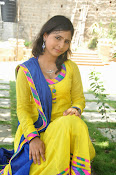 Swapna Photo shoot at debut movie launch-thumbnail-20