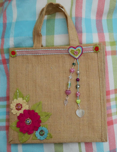 E Commerce Boom For Make In India Handicrafts Indian Handicrafts