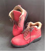 http://www.sepatusafetysurabaya.com/2016/01/sepatu-safety-mn-01.html