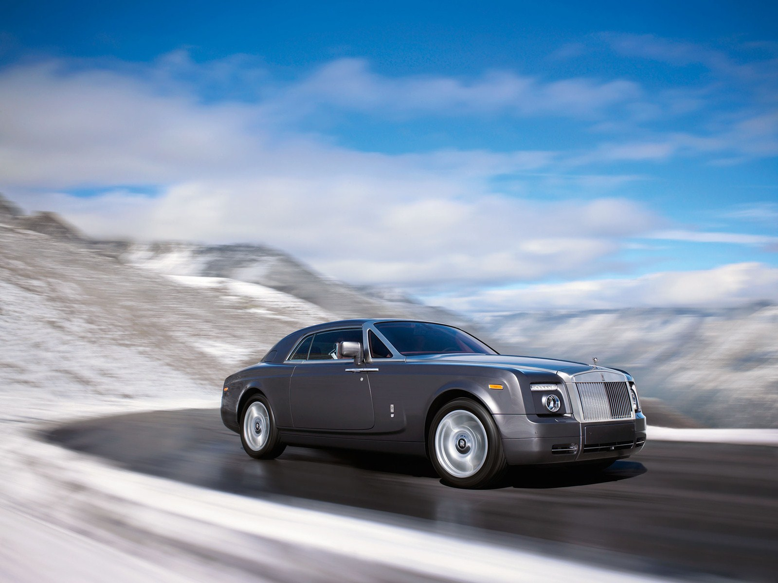 2015 Rolls Royce Wraith Drophead Wallpapers