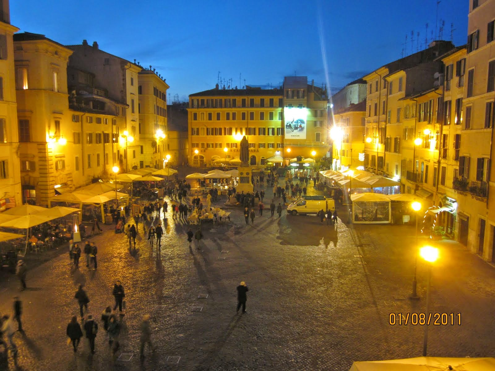 CAMPO DEI FIORI: UW ROME CENTER VIEW