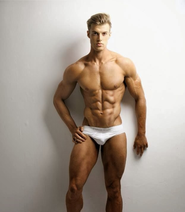Tom Middlebrough - Physique Competitor